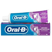 Creme dental escudo anti açúcar Oral B 70g